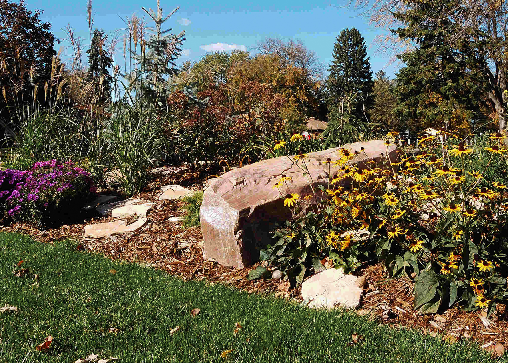 Landscaping Local Minneapolis MN   Twin City Landscape