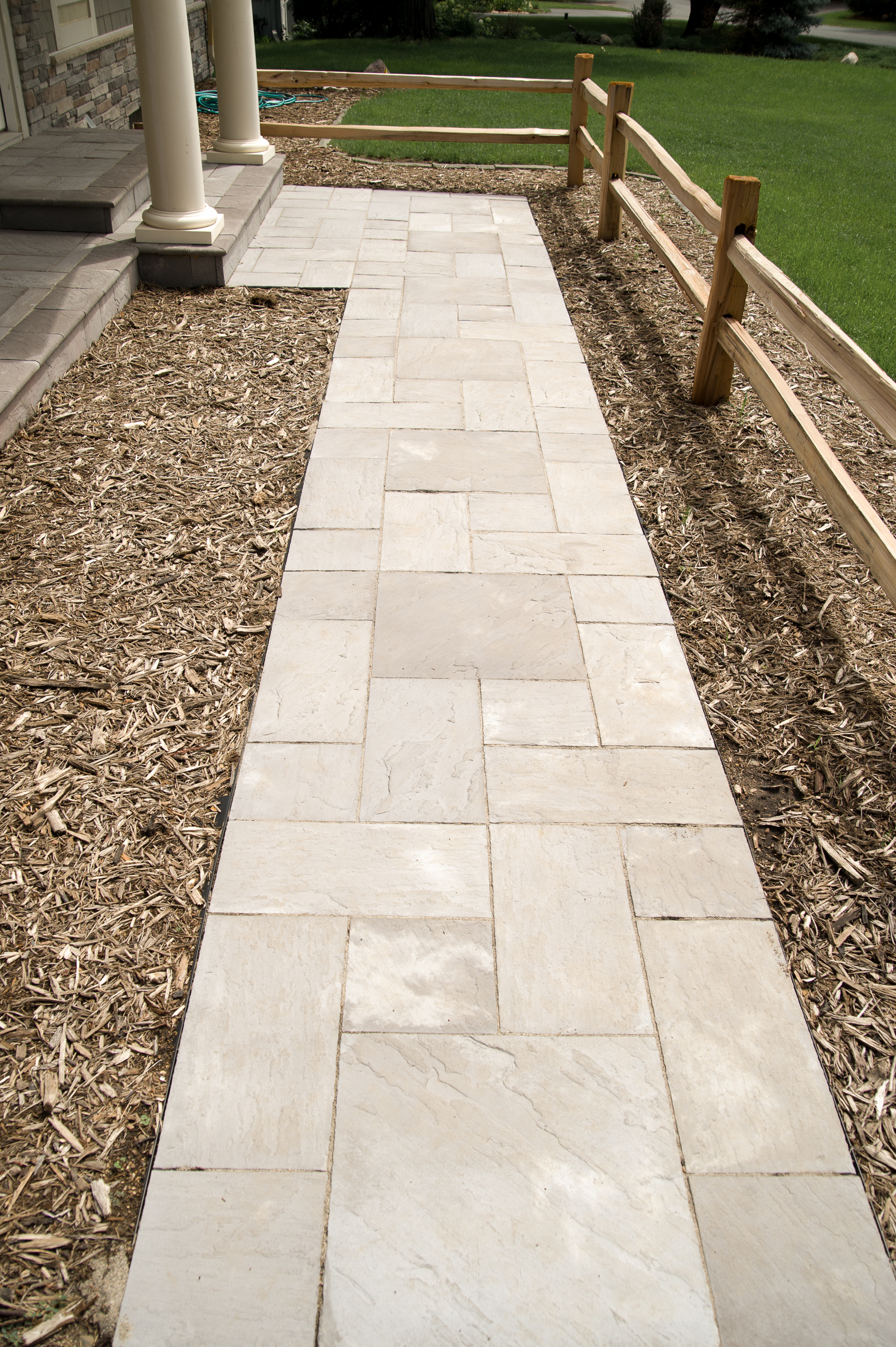 Natural stone walkways twin city landscape for Natural stone walkways
